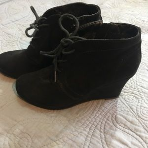 Shoes - Black Wedge Booties Suede Lace Front w/ Side Zip